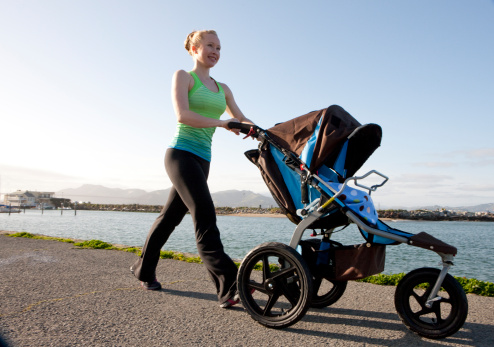 walking with baby stroller to lose weight
